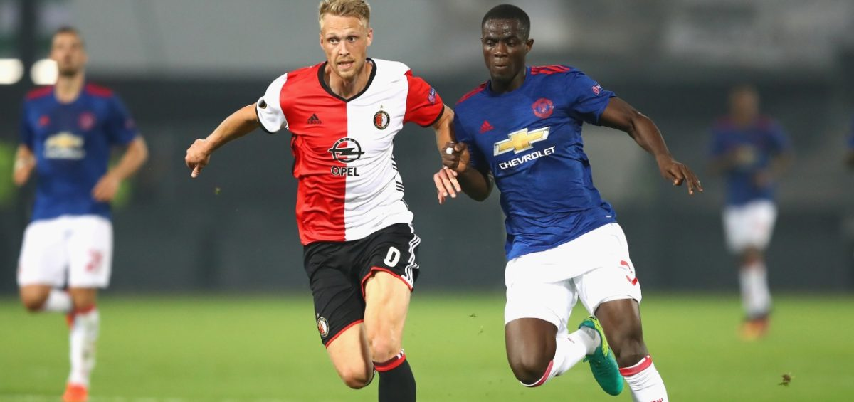 Com time misto, United joga mal e perde para o Feyenoord