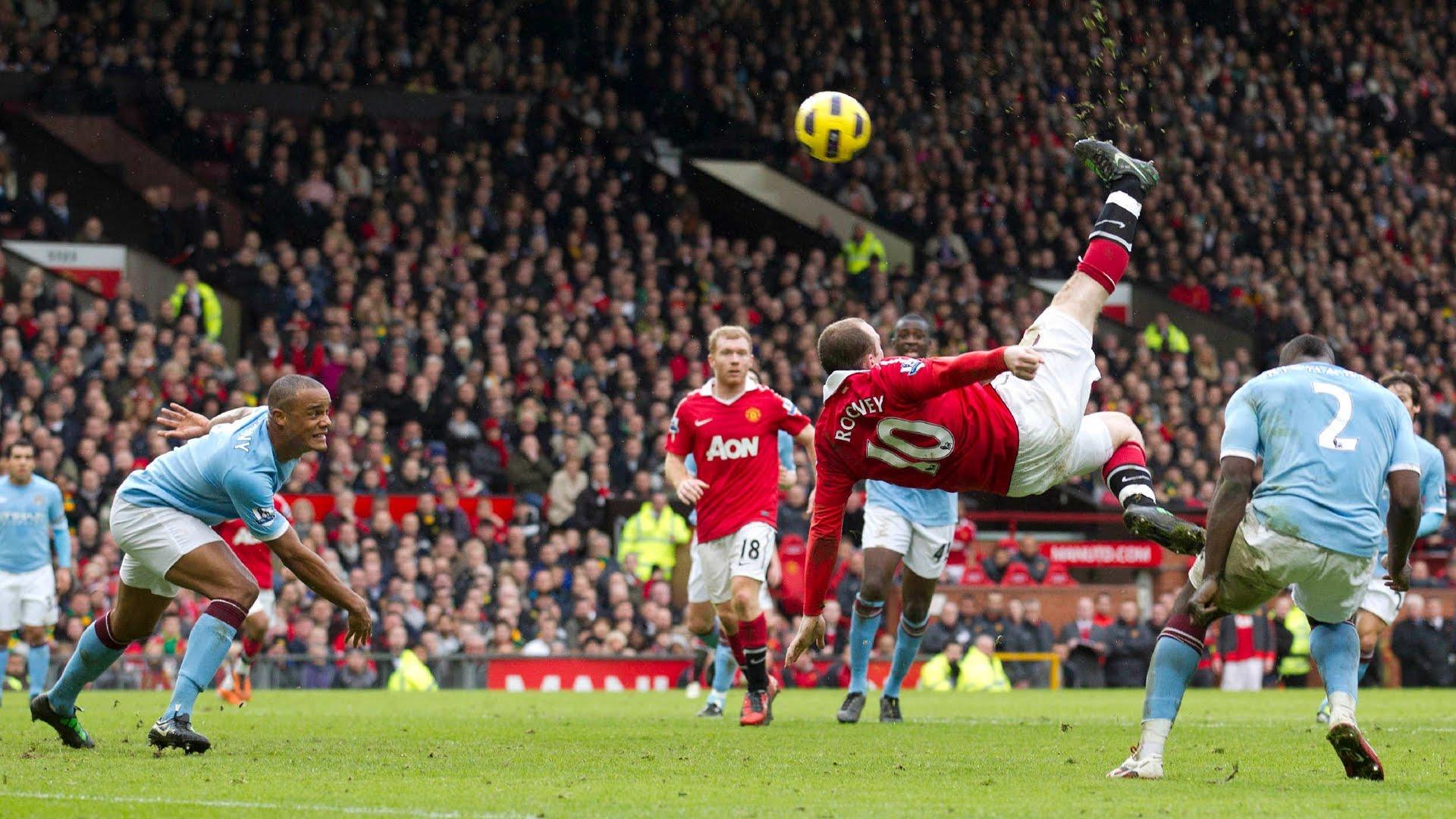 Um dos lances mais belos de Rooney com a camisa do United